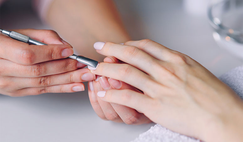 services-page-image-manicure